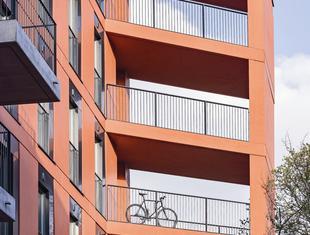 Architektoniczny eksperyment – o budynku Sprzeczna 4 Krzysztof Mycielski